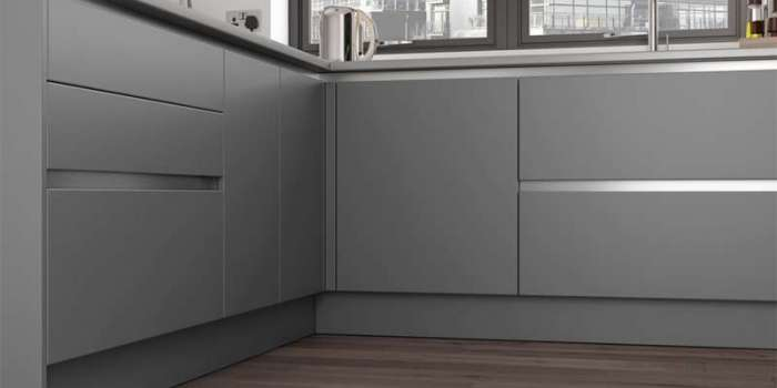 Zola Soft-Matte Handleless (Dust Grey & Tavola Hacienda Black)